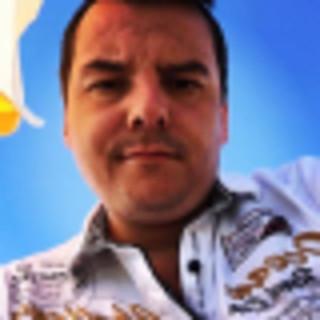 Pedro Luz's avatar